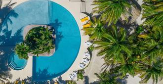 波托菲诺海滩度假酒店 - 圣佩德罗 - 游泳池