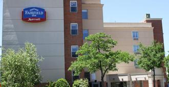 纽约拉瓜迪亚机场/法拉盛Fairfield Inn酒店 - 皇后区