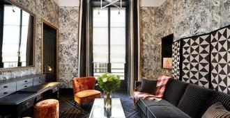 皇后亭酒店 - 巴黎 - 客厅