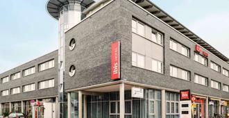 吕贝克市宜必思酒店 - 吕贝克 - 建筑