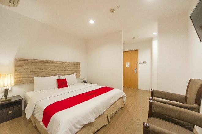 新加坡维多利亚酒店 - 新加坡 - 睡房