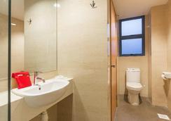 新加坡维多利亚酒店 - 新加坡 - 浴室