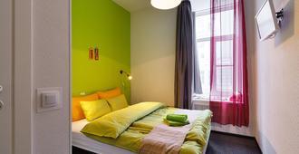 K43站台酒店 - 圣彼德堡 - 睡房