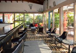 最佳西方斑马汽车旅馆 - 科夫斯港 - 休息厅
