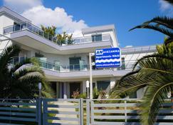 亚利桑妮卡公寓酒店 - 尼基季 - 建筑