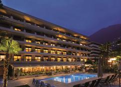 阿卡迪亚洛迦诺H4酒店 - 洛迦诺 - 建筑