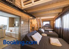 皮内塔酒店 - Selva di Val Gardena - 睡房