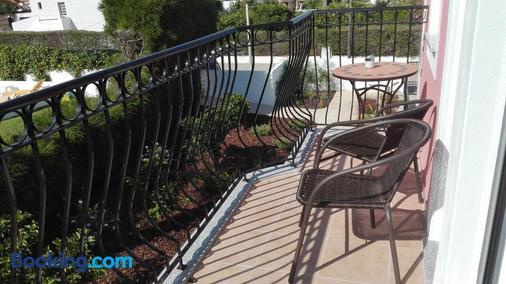 索拉德莫斯酒店 - 拉戈斯 - 阳台