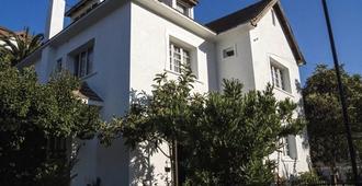 瑟萨尔村舍青年旅舍 - 比尼亚德尔马 - 建筑