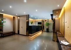 新加坡81酒店-黄金 - 新加坡 - 柜台