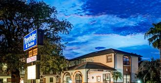 圣奥古斯丁旅行者之家套房酒店 - 圣奥古斯丁