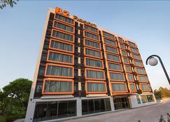 烏隆B2精品經濟飯店 - 乌隆 - 建筑