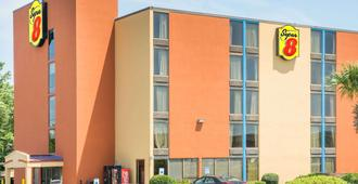 美特尔海滩-康芒斯温德姆速8酒店 - 默特尔比奇 - 建筑