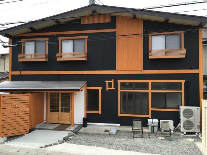 橙色小屋民宿 - 富士河口湖 - 建筑