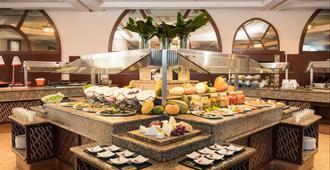 耶路撒冷莱昂纳多酒店 - 耶路撒冷 - 自助餐