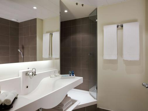 巴黎艾菲尔铁塔诺富特酒店 - 巴黎 - 浴室