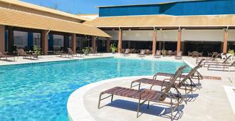 诺提科马尔式度假酒店及海滩俱乐部 - 塞古罗港 - 游泳池