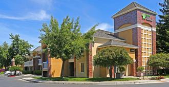 萨克拉门托南纳托马斯美国长住酒店 - 萨克拉门托 - 建筑