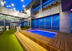 仁川海港公园酒店 - 仁川 - 游泳池