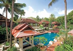查汶丽晶海滩度假酒店 - 苏梅岛 - 游泳池