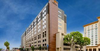 Lax拉金塔旅馆及套房酒店 - 洛杉矶 - 建筑