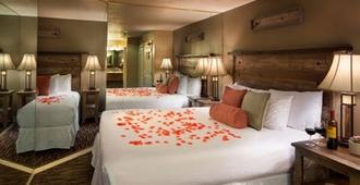 波斯特马克Spa套房酒店 - 南太浩湖 - 睡房