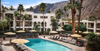棕榈山Spa度假酒店 - 棕榈泉 - 游泳池