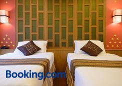 曼谷金房高档小饭店 - 曼谷 - 睡房