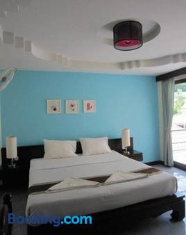 奥南J酒店 - 奥南海滩 - 睡房
