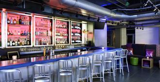 克利夫兰市中心雅乐轩酒店 - 克利夫兰 - 酒吧