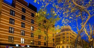 Nh马德里阿圭列斯酒店 - 马德里 - 建筑
