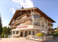 卡尼圣乔治酒店 - 塞费尔德 - 建筑