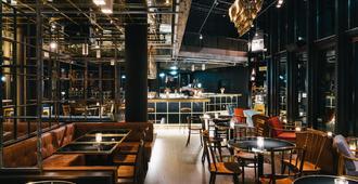 慕尼黑红宝石百合酒店 - 慕尼黑 - 酒吧