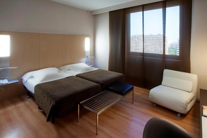 巴塞罗瓦伦西亚酒店 - 巴伦西亚 - 睡房