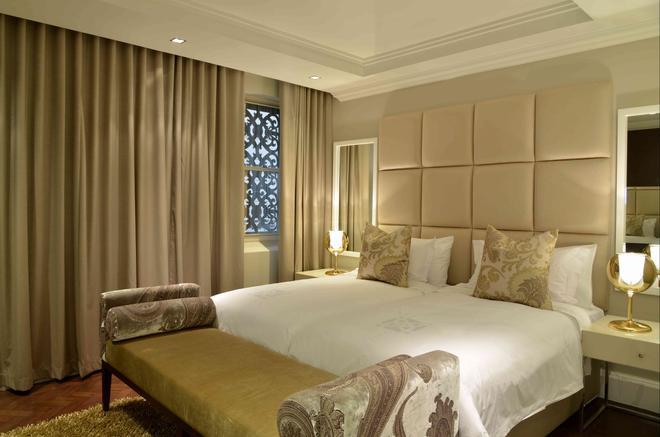开普敦皇家豪华酒店 - 开普敦 - 睡房