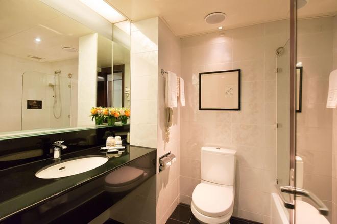 富豪机场酒店 - 香港 - 浴室