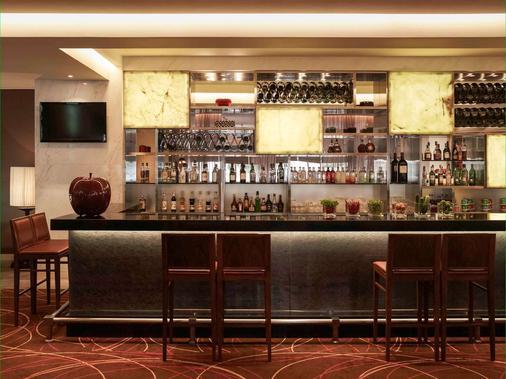 河内铂尔曼酒店 - 河内 - 酒吧