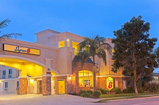 托伦斯lax机场区速8酒店 - 托伦斯 - 建筑