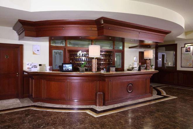 马捷斯特星级酒店 - 都灵 - 酒吧