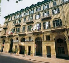 玛杰斯缇克星际酒店