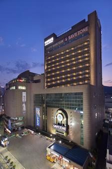 海云台里维埃拉酒店 - 釜山 - 建筑