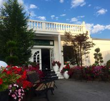 拉莫尔盖尔尼酒店