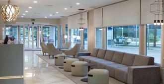 Nh巴拉哈斯酒店 - 马德里 - 大厅