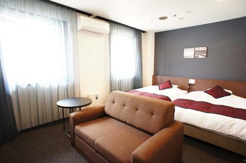 神户广场酒店 - 神户 - 睡房