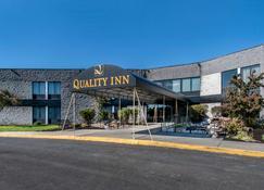 品质旅馆 - 卡莱尔 - 建筑