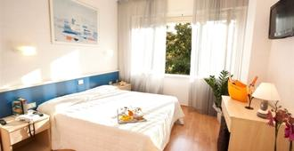 浪漫地中海旅馆 - 罗马 - 睡房