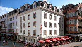 因特拉肯维赛斯克鲁兹酒店 - 因特拉肯 - 建筑