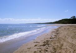 西佳大使汽车旅馆 - 赫维湾 - 海滩