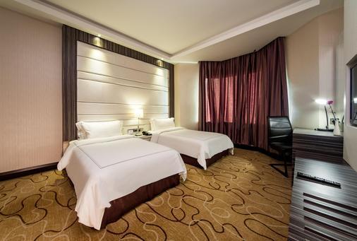 亚庇凯城酒店 - 亚庇 - 睡房