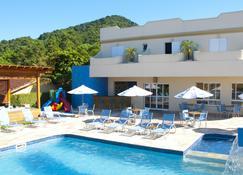 阿缇娜普拉亚酒店 - 圣塞巴斯蒂昂 - 游泳池